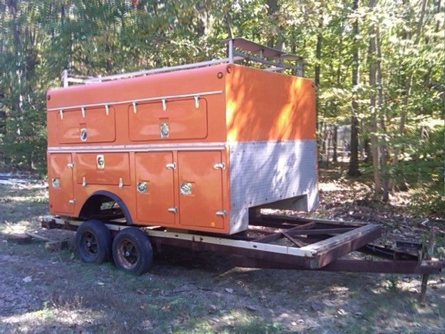 TRUCK BODY WITH TOOL BOXES